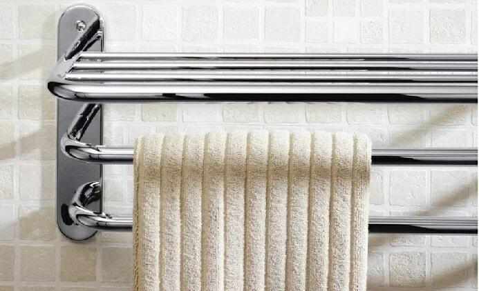 modern horizontal chrome towel rack