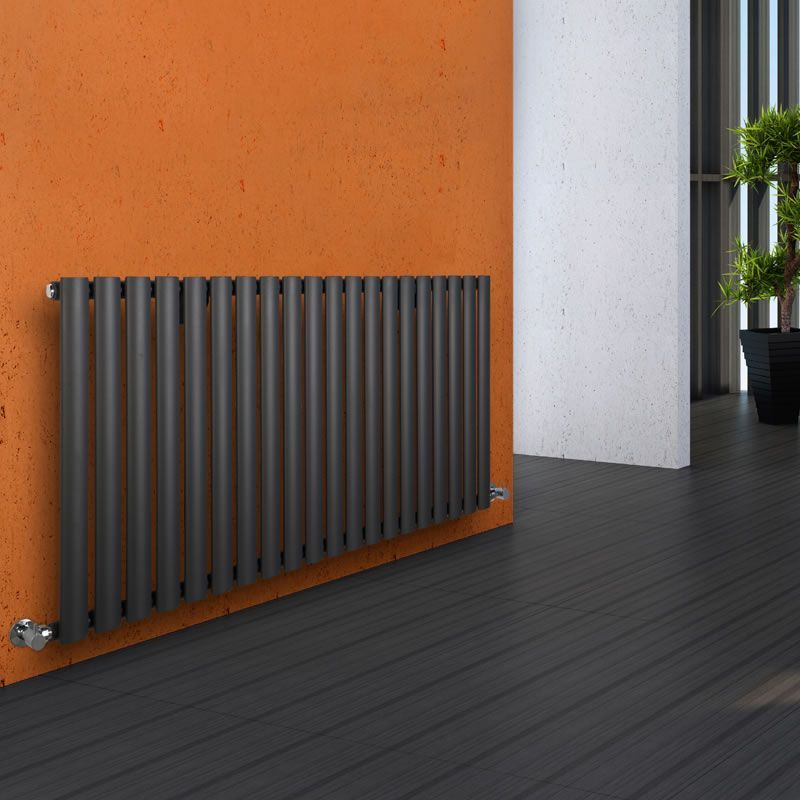 Anthracite rad orange wall