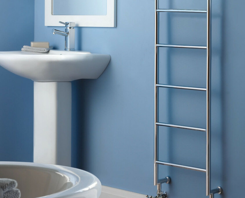 count traditional towel warmer